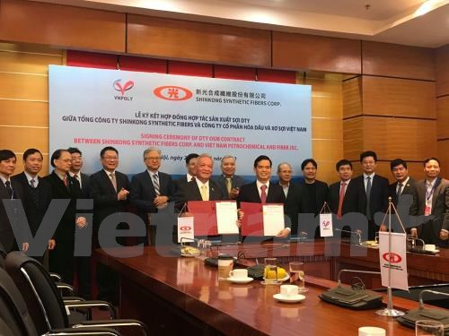 VNPOLY, SSFC team up for yarn production hinh anh 1