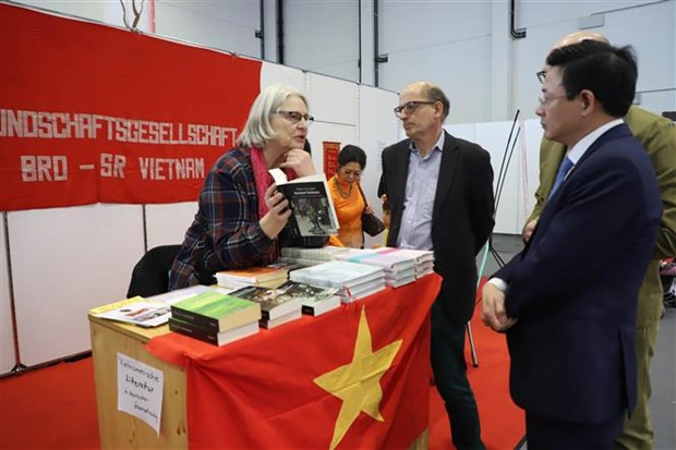 Vietnamese culture introduced in Germany's fair hinh anh 1