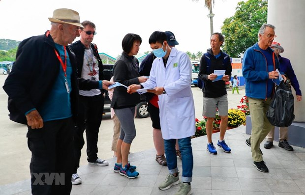 Tourism sector focuses on effectively controlling nCoV hinh anh 1