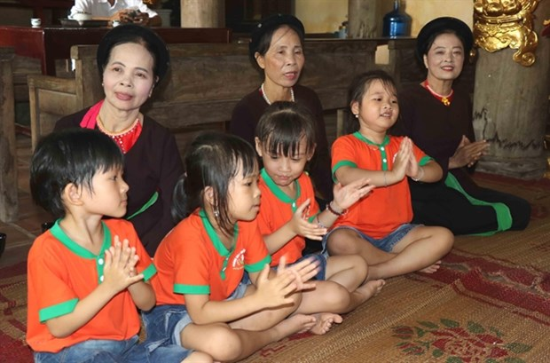Preserving folk singing with drums hinh anh 1