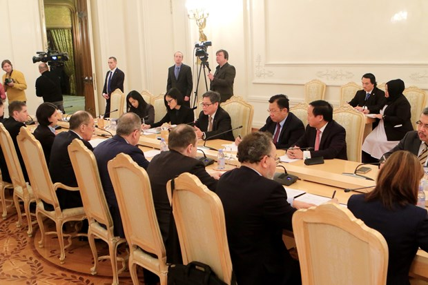 ASEAN Secretary General, Russian FM hold talks hinh anh 1