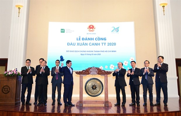 HCM City expects stock market to become 'barometer' of economy hinh anh 1