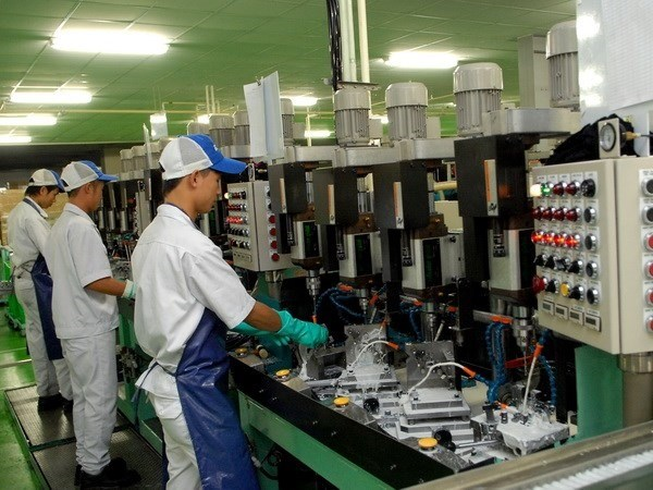 Manufacturing sees modest boost in January hinh anh 1