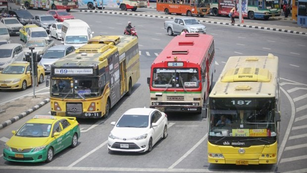 Thailand pilots installation of air purifiers on buses hinh anh 1