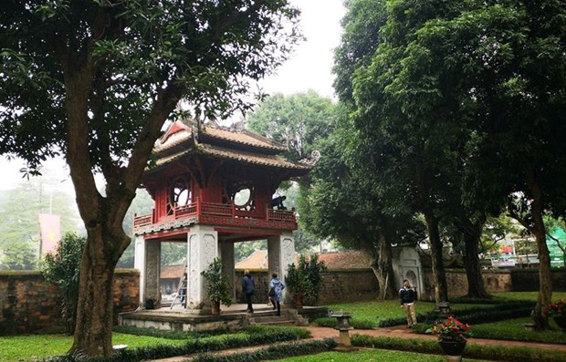 Hanoi's relics, tourist sites re-opened after sterilisation hinh anh 1