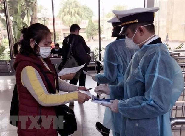 Visitors come from or transit in China's nCoV-hit areas to be quarantined hinh anh 1