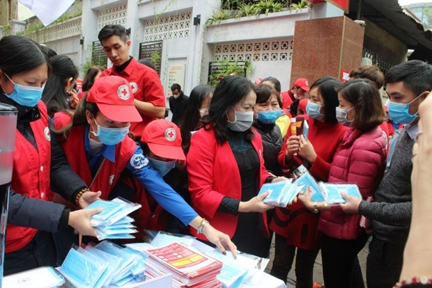 Vietnam Red Cross Society launches anti-nCoV campaign hinh anh 1