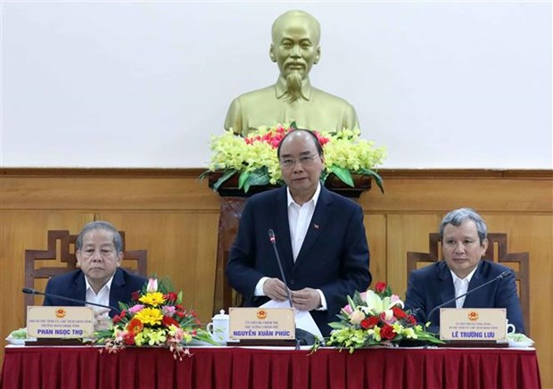 PM: Thua Thien-Hue must quickly overcome nCoV impact hinh anh 1
