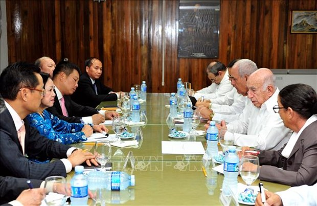 Vietnam will make all efforts to deepen ties with Cuba: Politburo member hinh anh 3