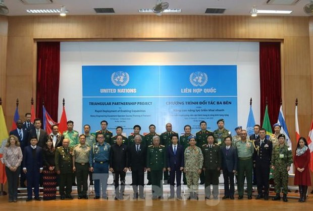 UN heavy engineering equipment operation course launched for instructors hinh anh 1