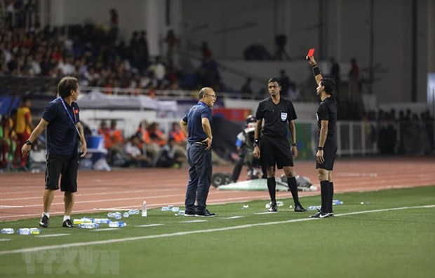 Head coach Park punished for Sea Games red card hinh anh 1