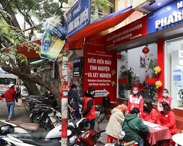 Hanoi launches blood donation drive hinh anh 1