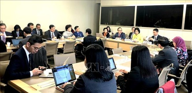 Vietnam chairs meeting of ASEAN Committee in Geneva in WTO hinh anh 1