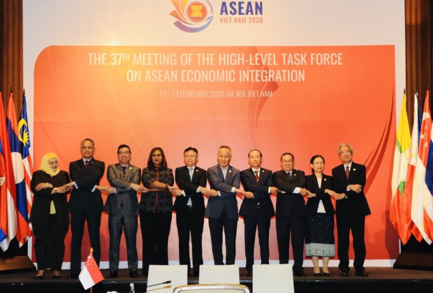 Meeting suggests cooperation activities for ASEAN's economic integration hinh anh 1