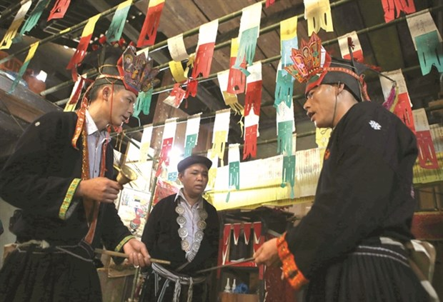Traditional ceremony marks coming of age hinh anh 1