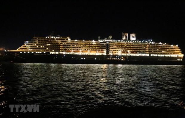 COVID-19: Malaysia bars all ships from China hinh anh 1