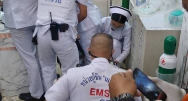 Gunman kills one, injures another in Bangkok shopping centre hinh anh 1