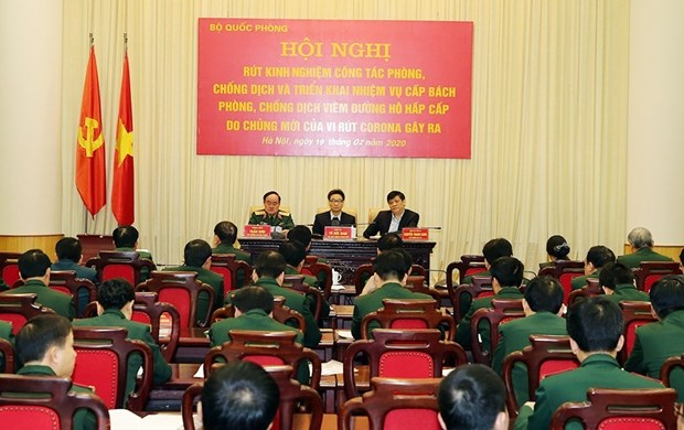 Deputy PM hails army's efforts in COVID-19 fight hinh anh 1