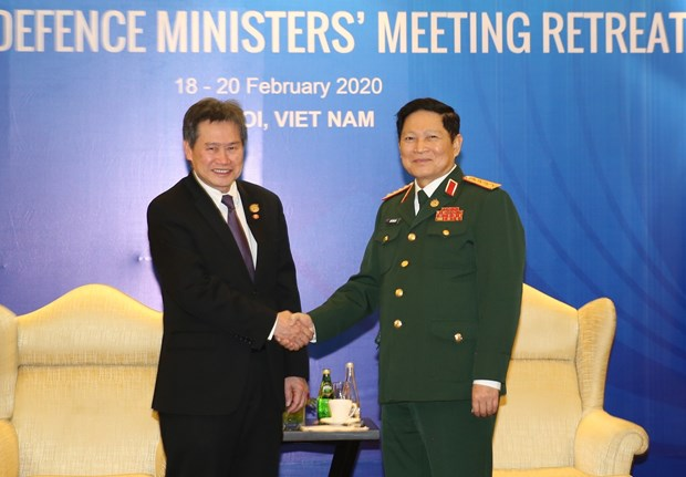 Defence Minister receives ASEAN Secretary-General in Hanoi hinh anh 1