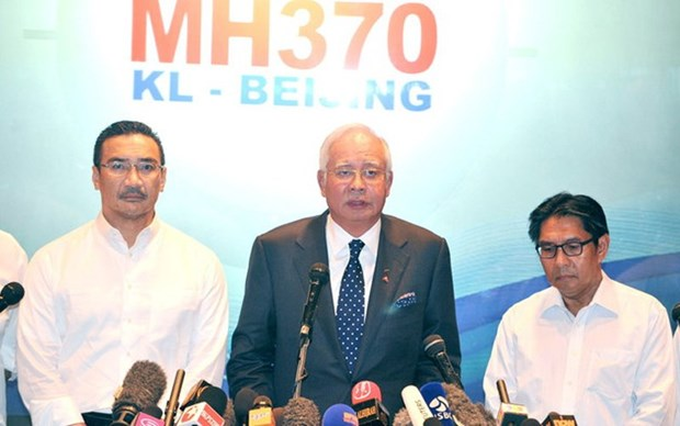 MH370 probe never ruled out criminal plot: former PM Najib hinh anh 1