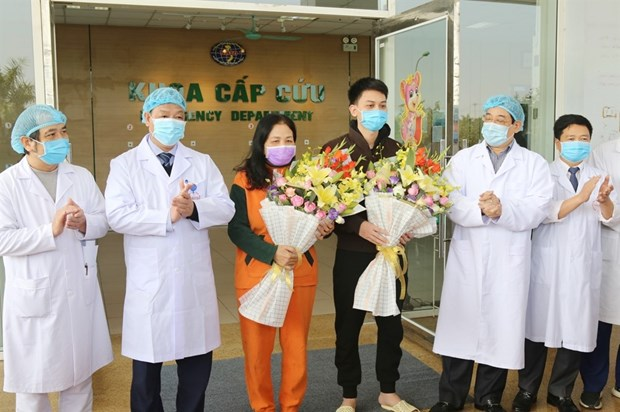 Vietnam develops effective treatment regime for COVID-19 patients hinh anh 1