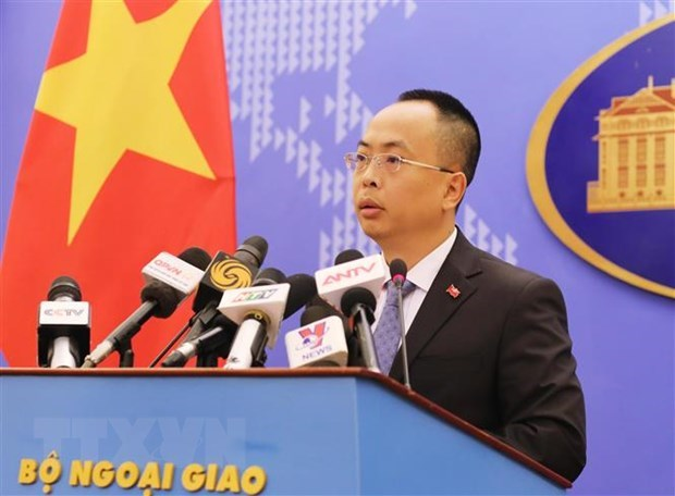 Vietnam continues working with China, other countries in COVID-19 fight hinh anh 1