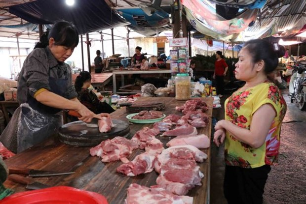 Pork market suffers from African swine fever hinh anh 1
