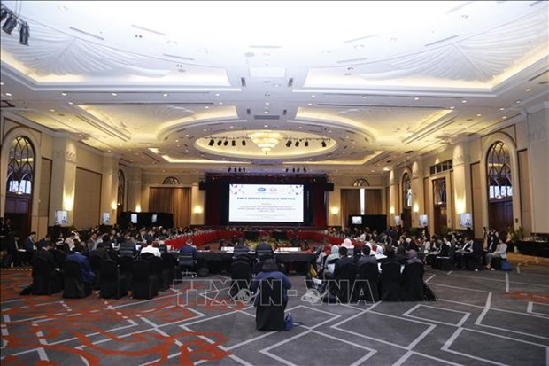 Vietnam attends APEC SOM 1 in Malaysia hinh anh 1