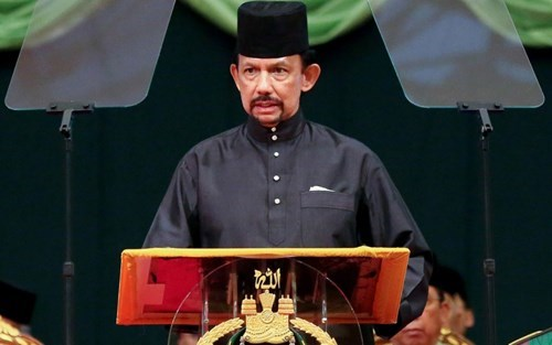 Top leaders extend congratulations to Brunei on National Day hinh anh 1