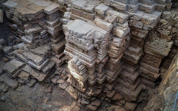 Relics of 1,000-year-old temple architecture found in Tay Ninh hinh anh 1