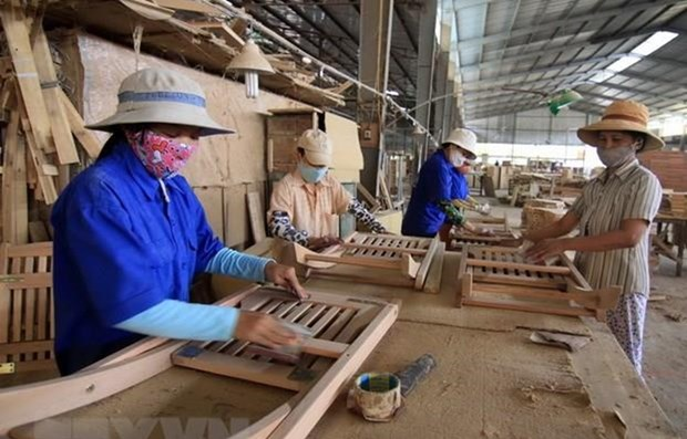 Vietnam's wood exports to EU likely to reach 1 billion USD thanks to EVFTA hinh anh 1