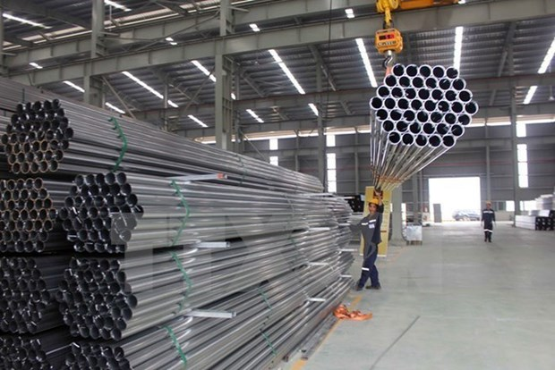 Vietnam's steel import falls 18 percent in January hinh anh 1