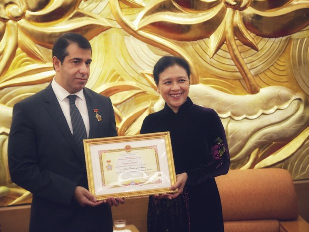 Azerbaijanese ambassador honoured for fostering ties hinh anh 1