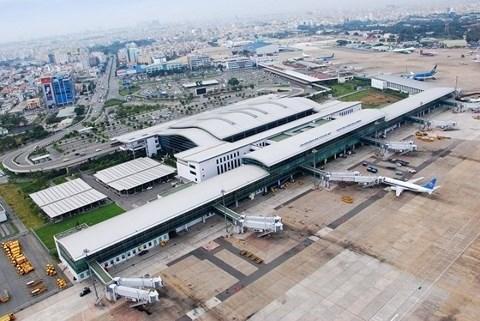 Tan Son Nhat airport seeks to close runway for repairs hinh anh 1