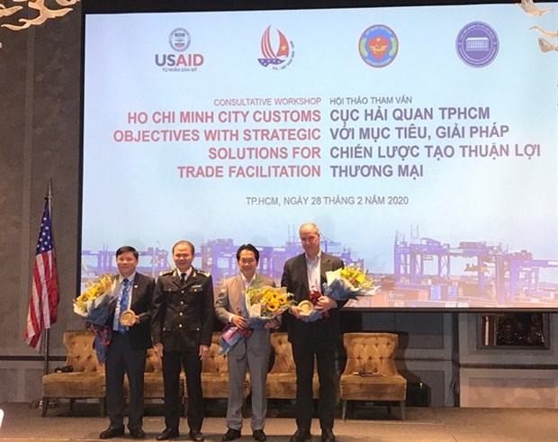 Logistics industry problems persist: conference hinh anh 1