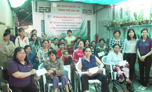 Disabled-supporting project launched in Can Tho hinh anh 1