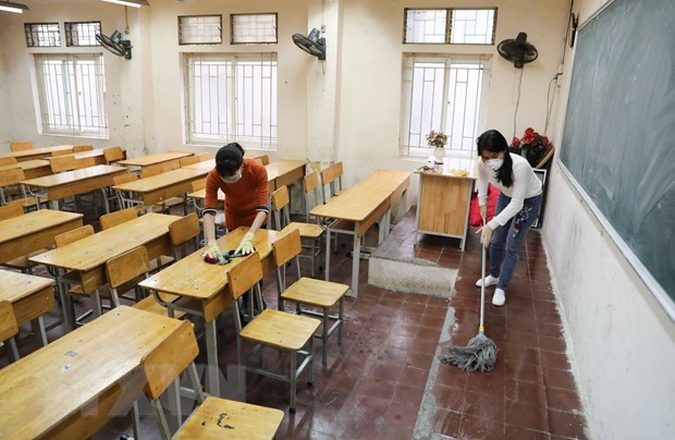 Senior high schools in Hanoi to re-open on March 9 hinh anh 1
