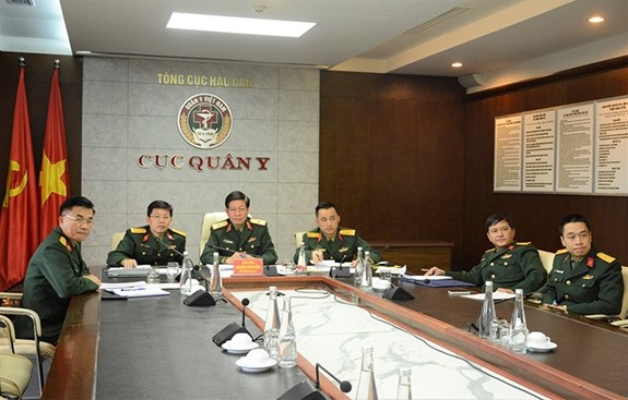 ASEAN Centre of Military Medicine discusses coordination in fighting COVID-19 hinh anh 1