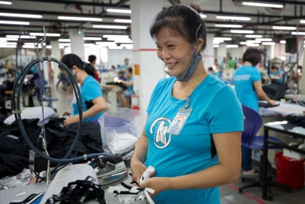 Gender-friendly corporate policy helps ensure stable workforce and development hinh anh 1