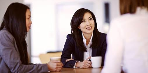 Vietnam a world leader in having women in top corporate positions hinh anh 1