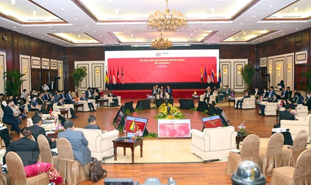 ASEAN strives to push negotiations of regional economic partnership hinh anh 1