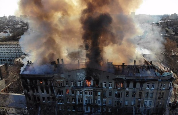 Ukrainian media highlights Vietnamese community's support for local fire victims hinh anh 1