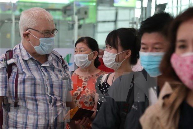 Foreign Ministry issues notice on COVID-19 epidemic hinh anh 1