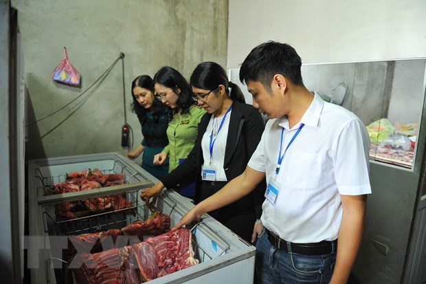 Hanoi ranks first in food safety managment hinh anh 1