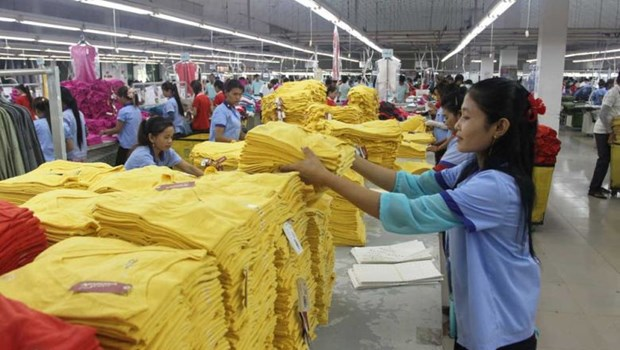 Cambodia: COVID-19 unlikely to cause further garment factory closure hinh anh 1