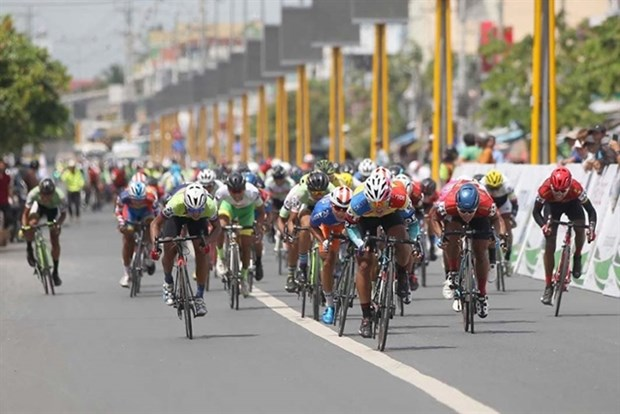 Int'l cycling race cancelled because of COVID-19 hinh anh 1