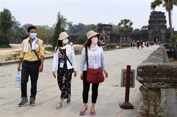 Cambodia temporarily shuts border with Vietnam for COVID-19 concerns hinh anh 1
