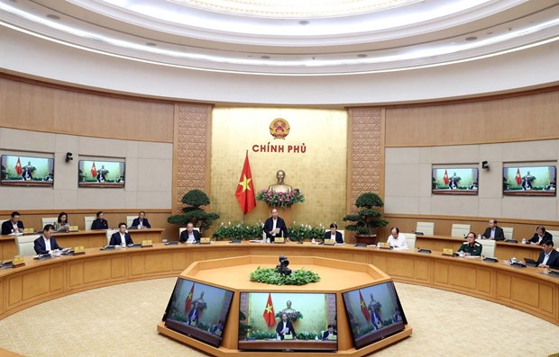 PM orders preventing COVID-19 spread in community hinh anh 1