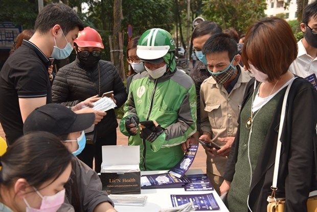 Hanoians to receive one million free face masks hinh anh 1
