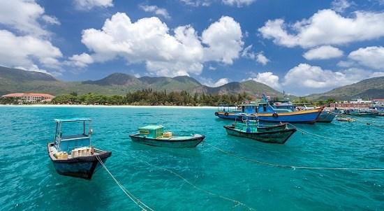 Bac Giang, Ba Ria-Vung Tau close tourist spots to curb COVID-19 spread hinh anh 1